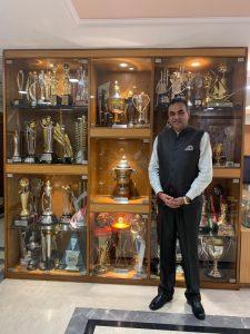 यूटी क्रिकेट एसोसिएशन चण्डीगढ़ के अध्यक्ष संजय टंडन ने बीसीसीआई के सीईओ राहुल जौहरी और प्रबंधक सबा करीम से मुम्बई में मुलाकात की और चण्डीगढ़ के खिलाडिय़ों को भी सीनियर वर्ग की श्रेणी टूर्नामेंट में भाग लेने की शिफारिश की।